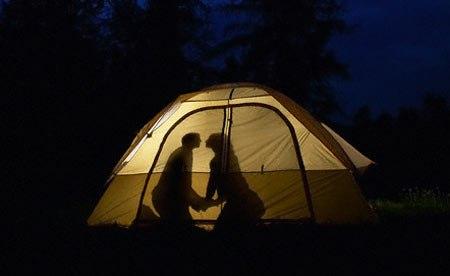 Секс в палатке