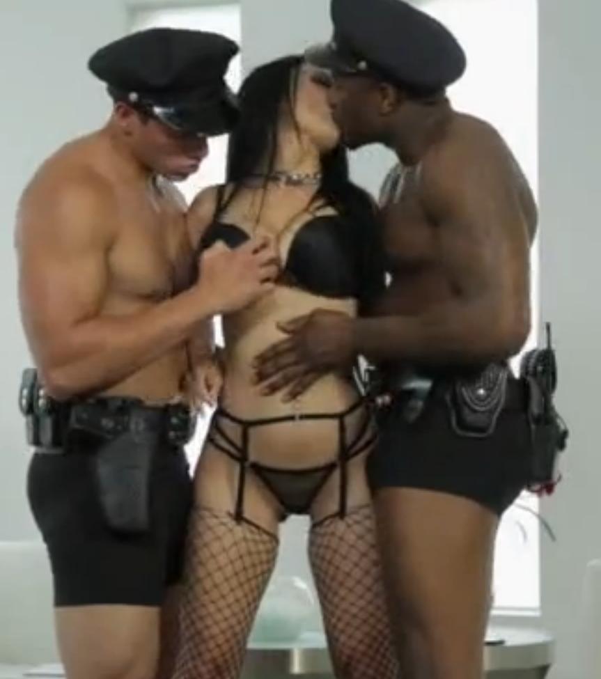 Мжм секс с опытным любовником
