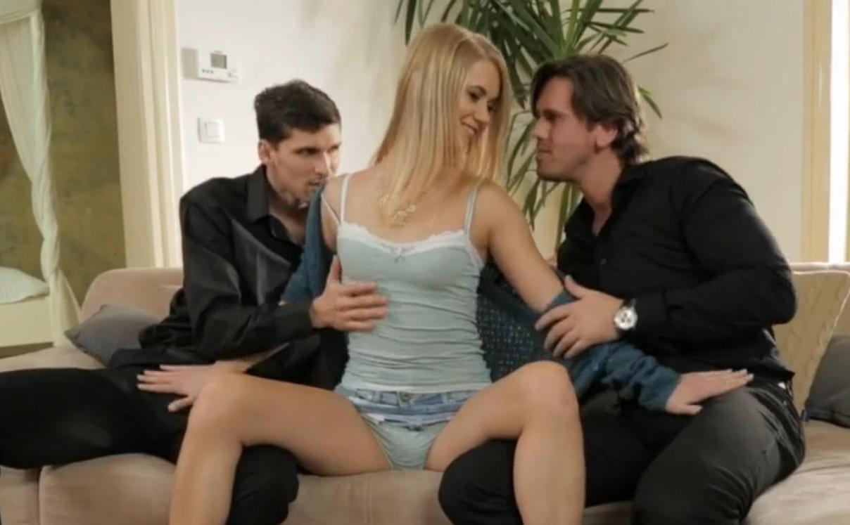 Как уговорить жену на секс МЖМ, пошаговая инструкция