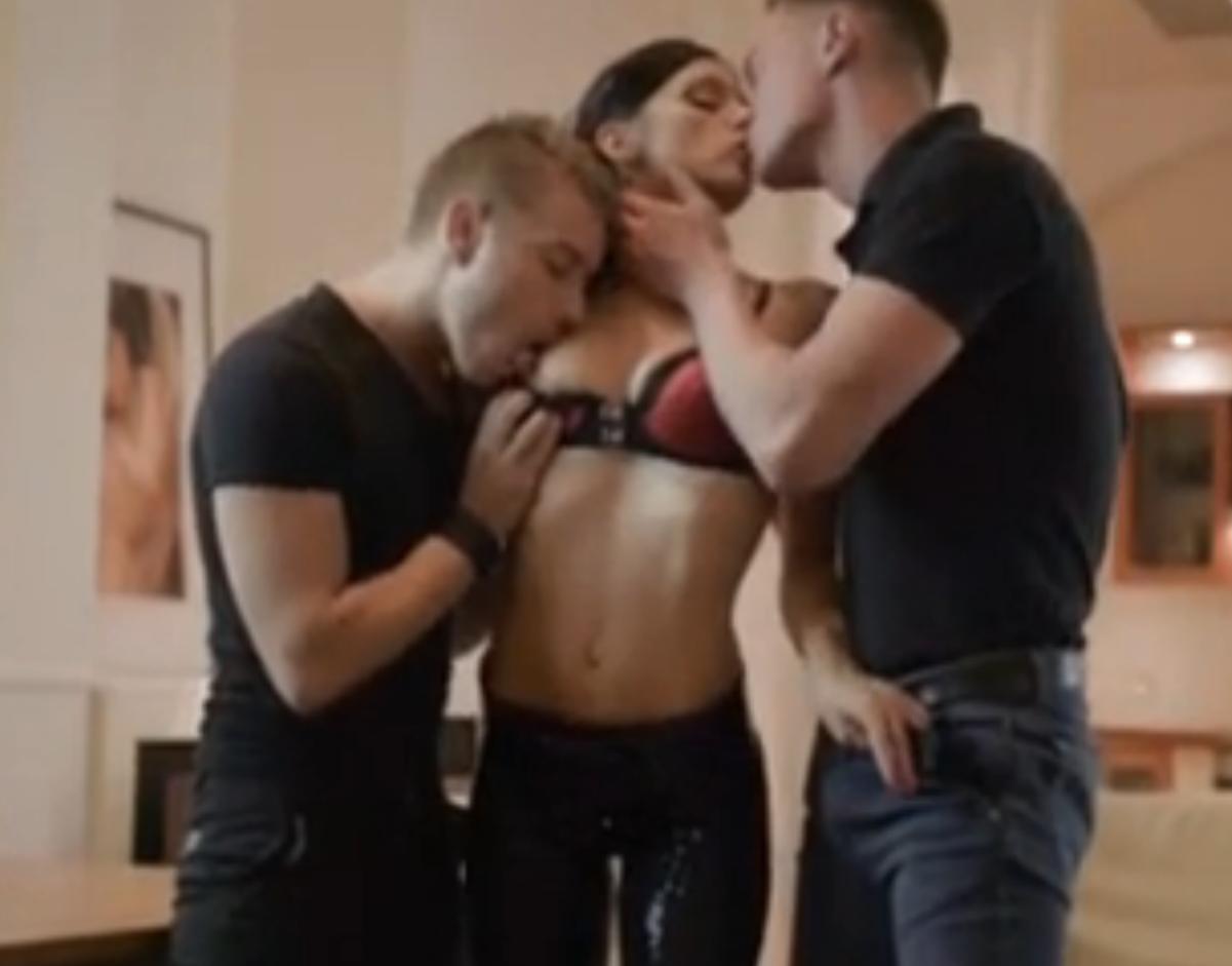 Сценарий встречи мжм секс
